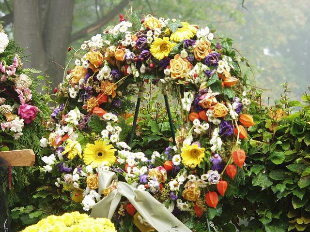 Importer kwiatów sztucznych. Gdzie kupić kwiaty na pogrzeb? Hurtownia kwiatów sztucznych Szczecin, Rzeszów