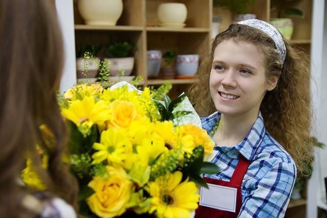 Kwiaciarnia internetowa. Kwiaty dla ukochanej do Polski – kwiaty przez internet