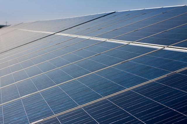 Certyfikaty energetyczne Kalisz. Jakie są cechy budynku energooszczędnego?