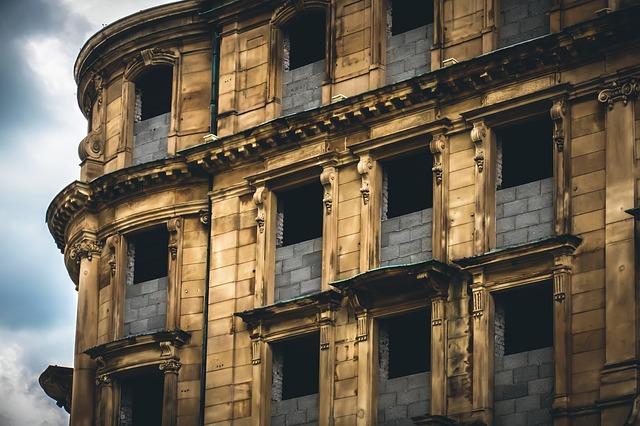 Od czego zacząć renowację starego budynku?